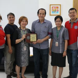 RITM-PDA Muntinlupa Dental Chapter Dental Bus receives recognition